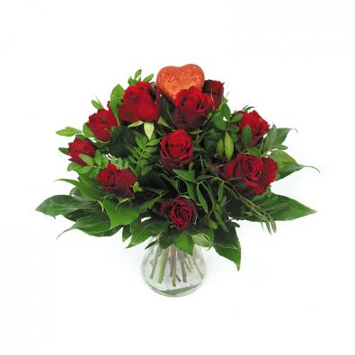 Valentijn boeket met rode rozen en hartje _ Duoplant