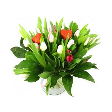 Valentijnsboeket met tulpen rood/roze/wit